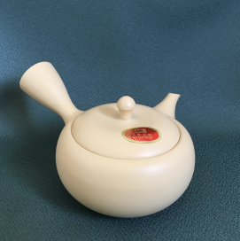Teapot Takasuke Ivory Ceramic mesh 290 Background